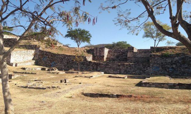 Descubren tumba en zona arqueológica del Cerro de las Minas