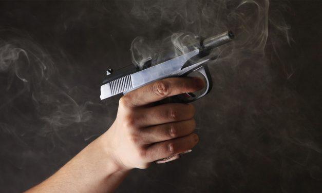 Lo lesiona su propio primo con arma de fuego