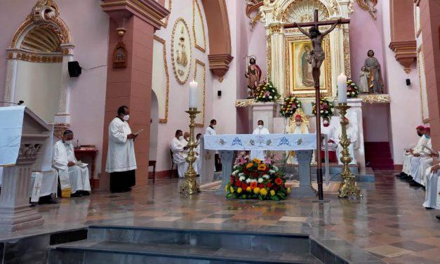 Templos católicos permitirán solo 30% de aforo