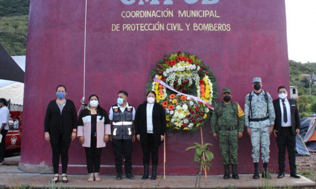 Ceremonia en memoria de víctimas de sismos