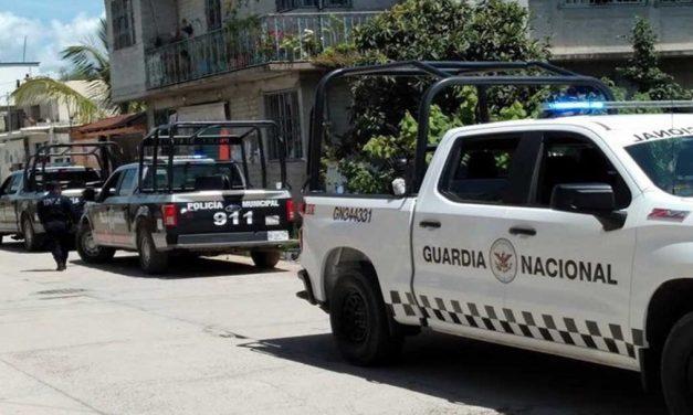 Suman 2 los muertos por asalto a autoridades de Peras